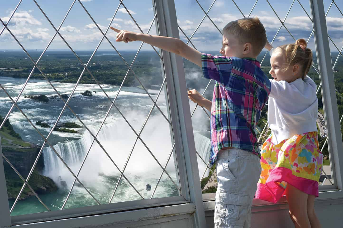 Skylon Tower Attractions Ontario