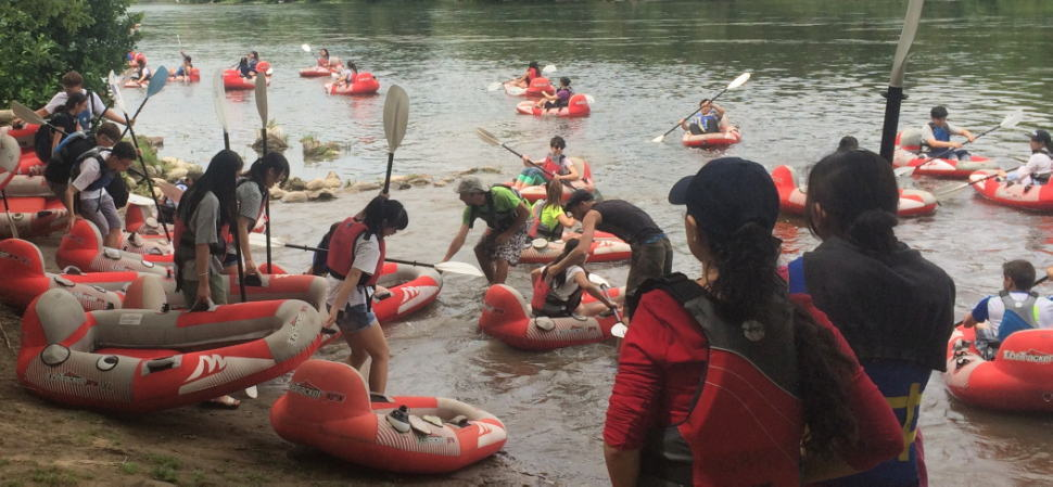Turbo Tubing on the Grand River... safe, relaxing and fun!