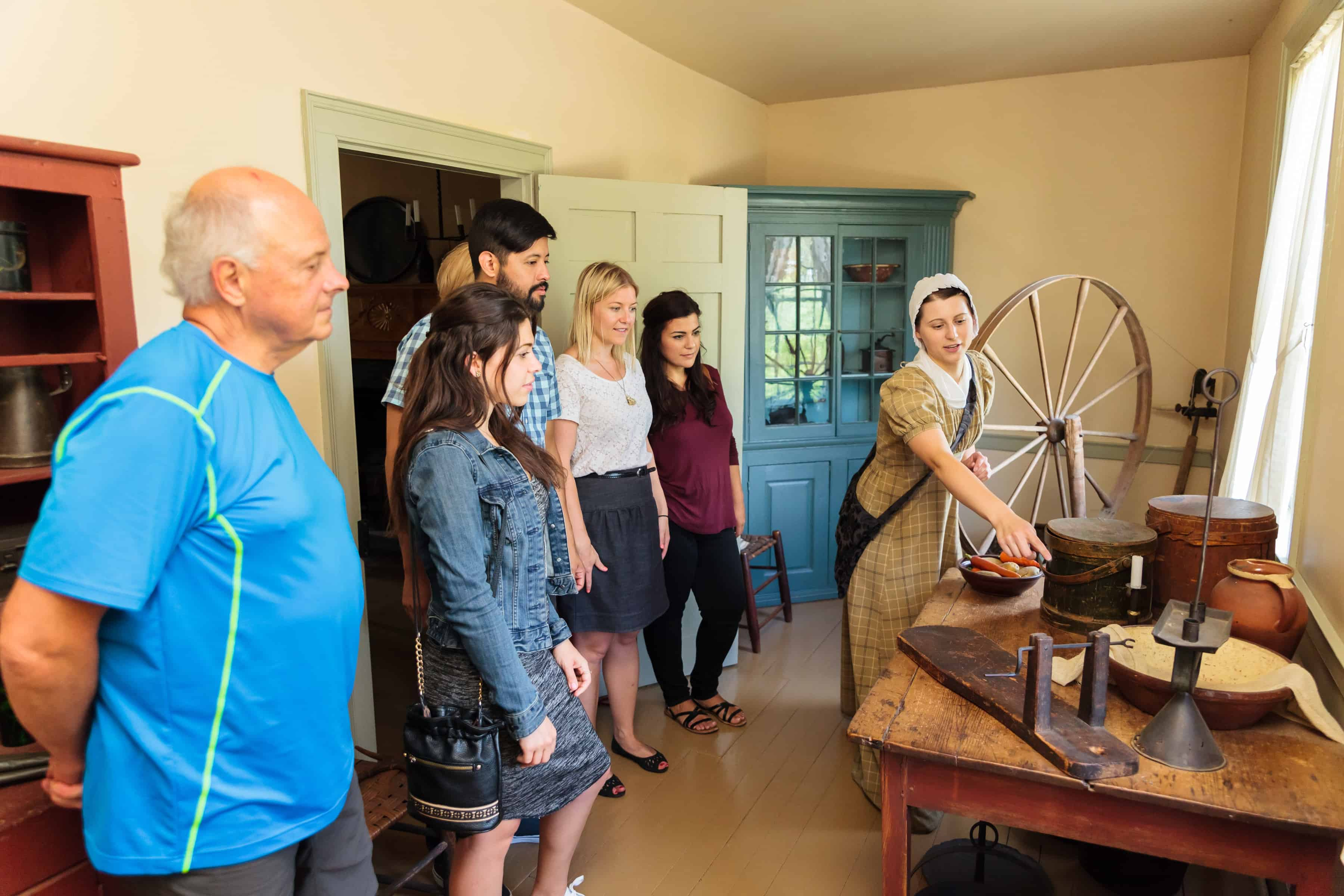 Touring Battlefield House with a costumed interpreter