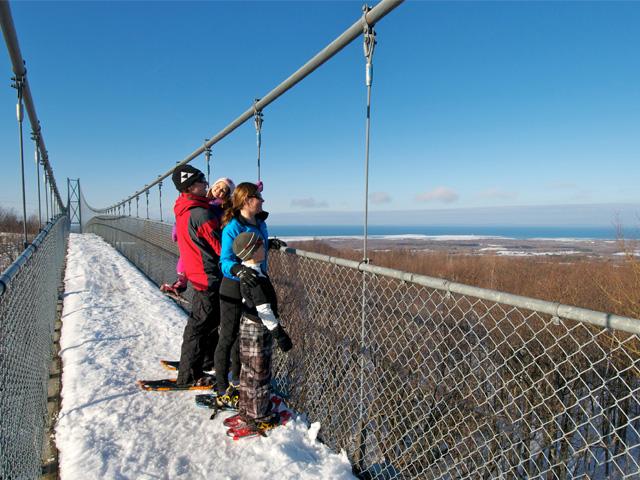 Family-snowshoeing-across-t.jpg