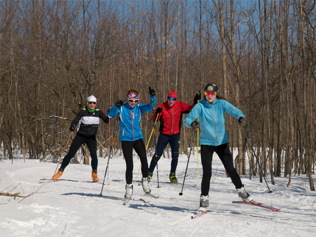 Skate-cross-country-skiing-.jpg
